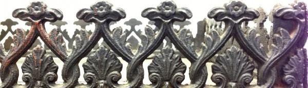 Kunstvolle Details an alten Eisenöfen